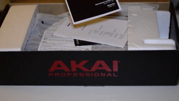 Akai MPC Live Unboxing