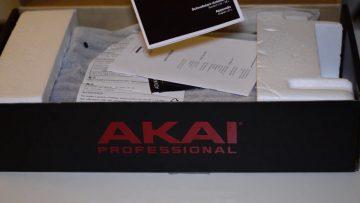 Akai MPC Live Unboxing