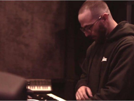 Alchemist – Secret Sauce (Behind The Beat Video + Alchemist Drum Kit)